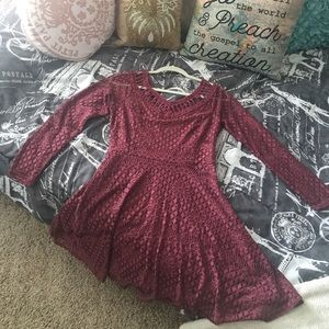 Maroon Lace cut-out dress! Make an offer❤️